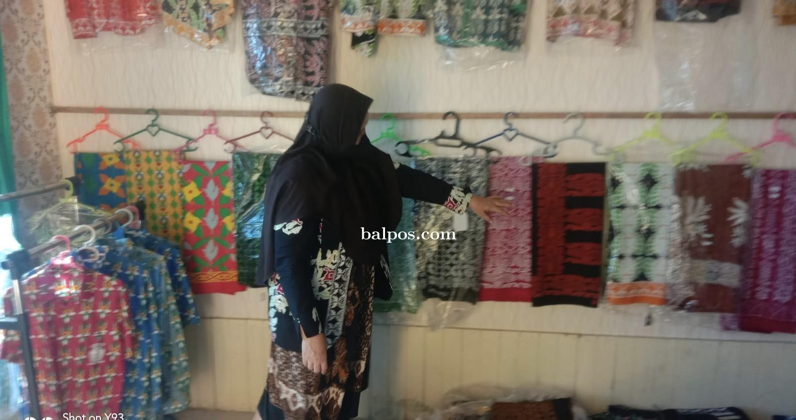 Pengrajin Batik Khas Paser Berharap Dukungan Pemda