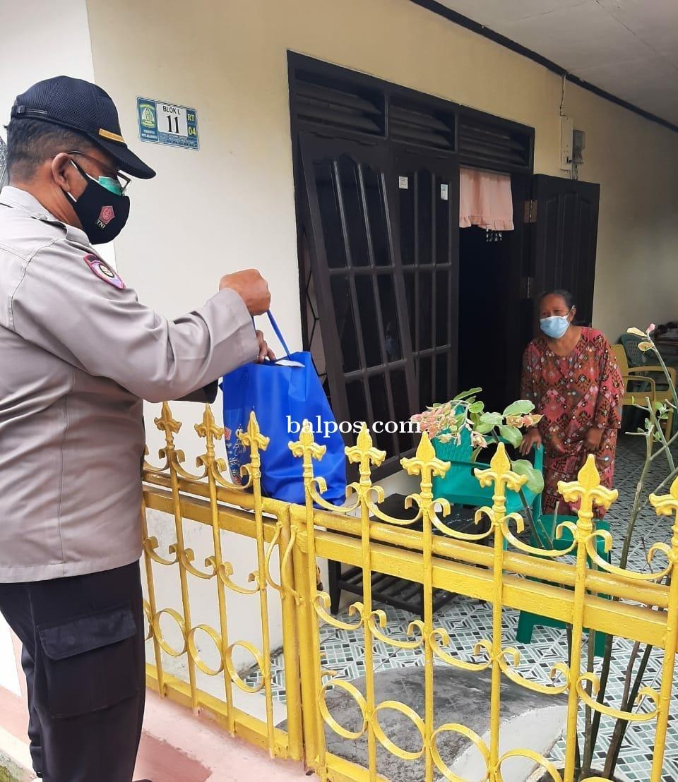 Binmas Polresta Berikan Bantuan Sembako